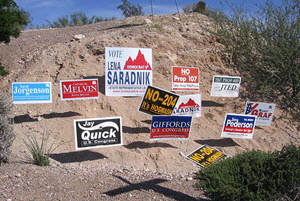 CC-BY-SA Campaign signs for the 2006 Arizona elections, including Tucson propositions and local candidates. Taken October 2006 by GURoadrunner